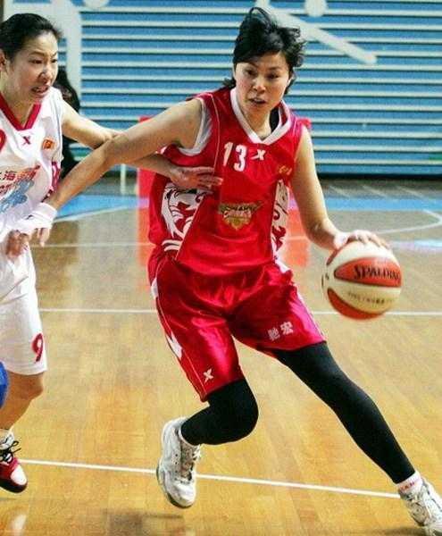 中国主力17岁违规归化日本 国际篮联:日本给中国12万就行