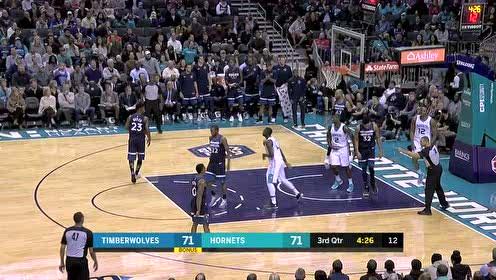 神速手?蒂格迎面直接断球扣篮_NBA视频_东方视频超级卡图片