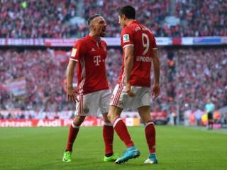 德甲-莱万两球里贝里传射罗本破门 拜仁4-1多特