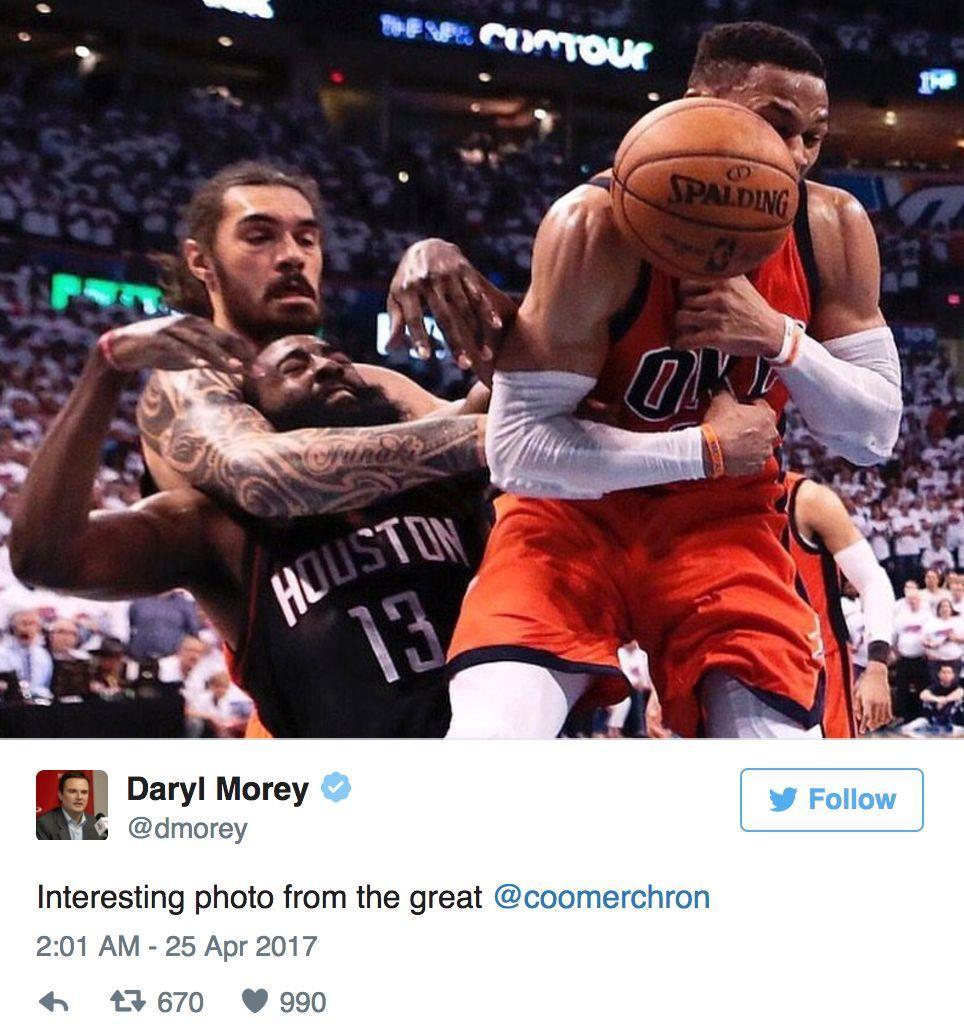 推特趣图:NBA哈登被锁喉