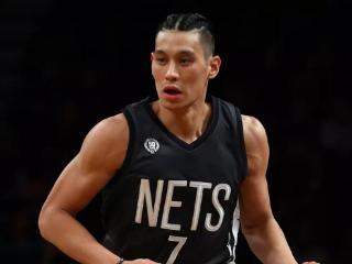 书豪:五名前队友曾询问能否加盟篮网 今夏首要目标是引援