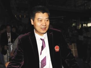 大满贯教练李隼暂代孔令辉女乒主教练一职