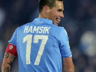 哈姆西克经纪人:他想一直留在那不勒斯