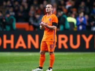 荷兰主帅:斯内德可能是土超最佳球员