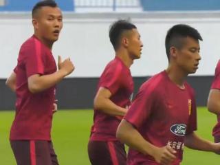 菲律宾主帅:中国队实力占优 但我们会全力以赴