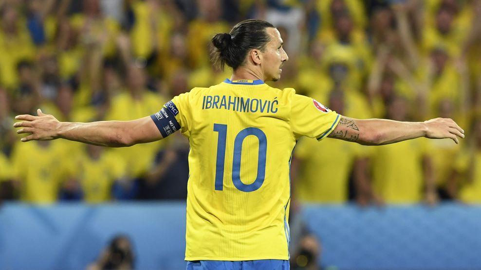 当瑞典首夺欧青赛冠军,伊布退出国家队,瑞典足球进入了一个新的时代。莱比锡核心福斯贝里,曼联新援林德洛夫,瑞典新一代攻防两端核心已经出现,也许在未来不久,我们就重见冰冷半岛上袭来的黄色风暴。而随着欧洲杯和世界杯的相继扩军,也许挪威足球重返世界大赛的舞台,也不再遥远。