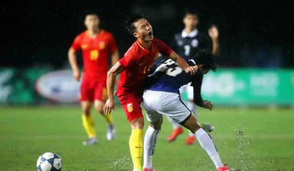 U22国足输给柬埔寨 球迷吐槽:顽强逼平东南亚劲旅 不得不服