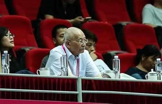 女排大奖赛中国队成绩不佳,女排元老:有意隐藏实力