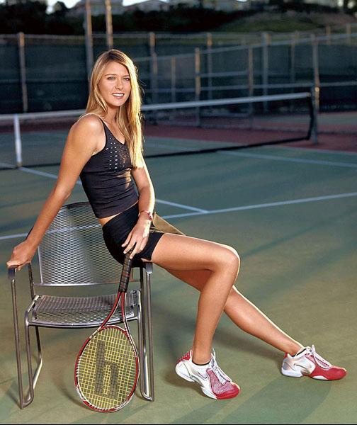 莎拉波娃左臂受伤 复出再遭打击遗憾退赛