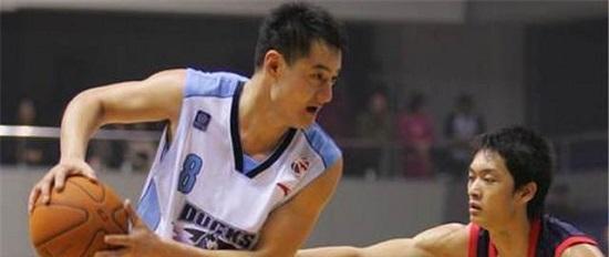 首钢名宿:美国篮球也在学习我们 中国篮球却放弃自身优势
