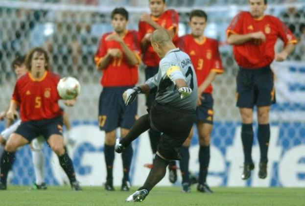 史上最传奇门神!200斤踢世界杯生涯斩获67球 如今计划竞选总统