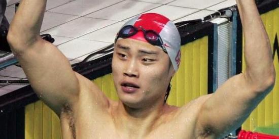 游泳一哥竟因烧烤被终身禁赛 被迫黯然退役