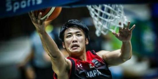 要脸?中国球员全家改成日籍 退役后想回国挣钱