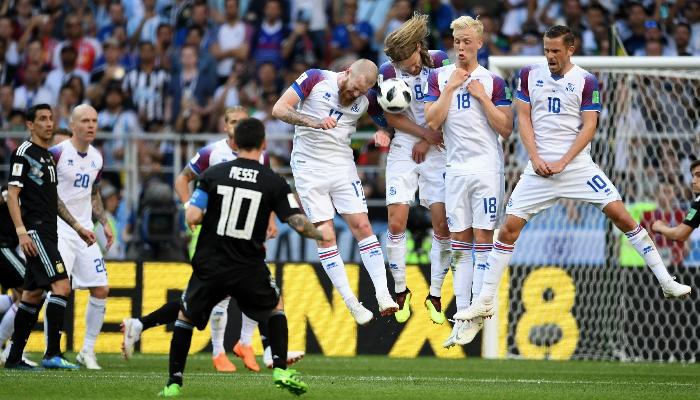 世界杯冰岛阿根廷被质疑双双打假球,阿根廷定会出线?