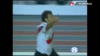 小马哥05年一条龙破门打入加盟河床首球