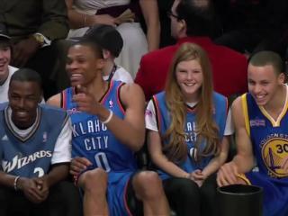哈哈哈笑出腹肌!NBA一些搞笑滑稽时刻合辑