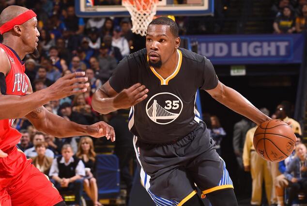 勇士单季23场至少净胜对手20分 NBA历史第三