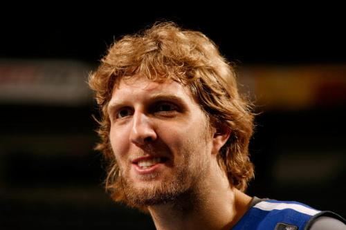 德克·诺维茨基留在NBA小牛或是接受BIG3的邀请?
