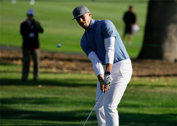 库里谈将要迎来的职业高尔夫首战:享受比赛