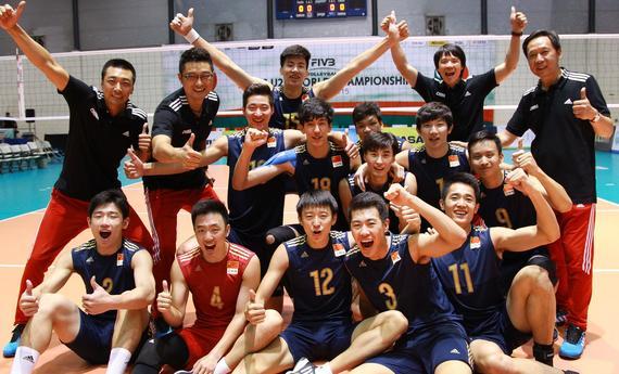 世锦赛资格赛中国男排3-0横扫韩国 提前一轮挺