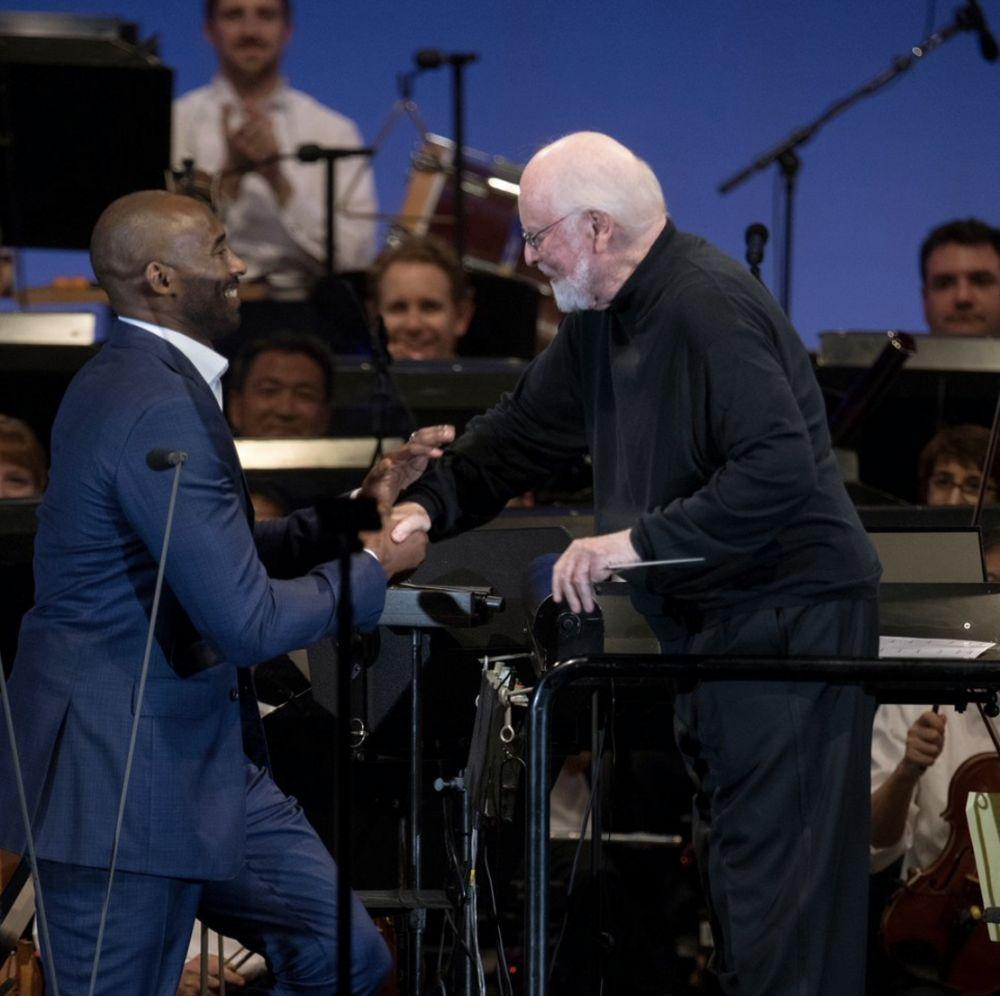 科比发推感谢知名钢琴大师约翰-威廉姆斯