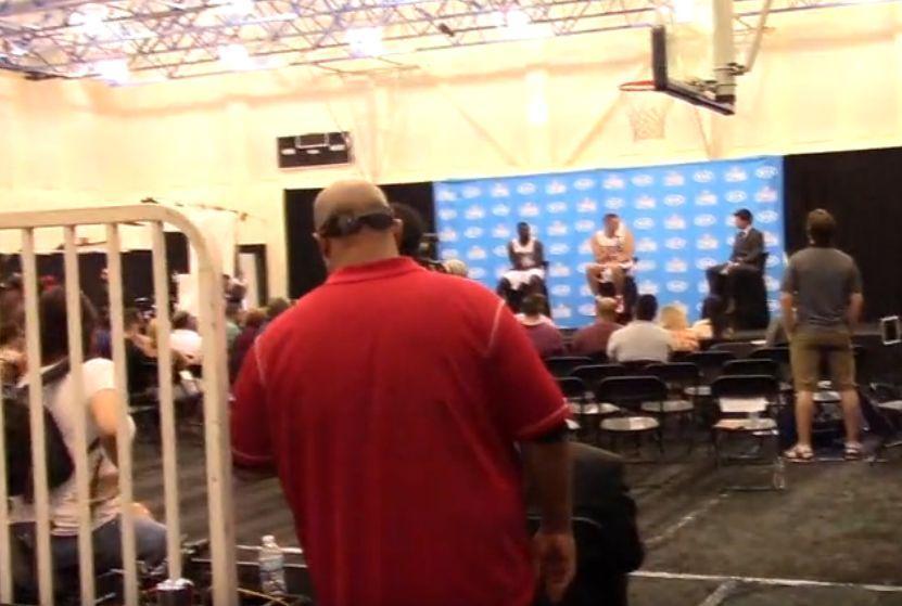 科普:新赛季从这里开始 揭秘NBA媒体日