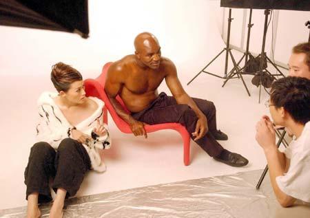 黑人拳王迷上中国潘金莲赞其为最漂亮的女人   梦想与她缠绵