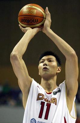 阿联砍29分16篮板 广东105-94胜广州
