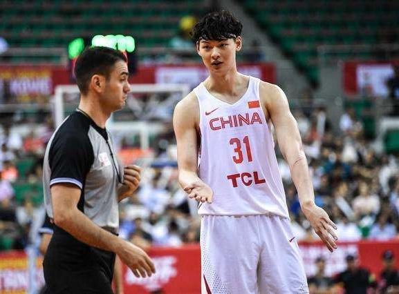 他在睡梦中被NBA选中 CBA四赛季场均20+10 今成中国篮球最大遗憾