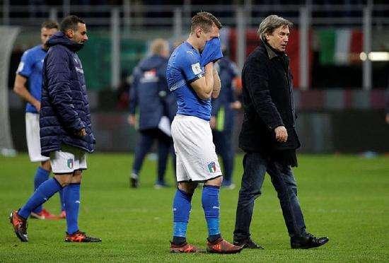 意大利世界末日来临!让人痛心的不是布冯一代的离去而是他们!