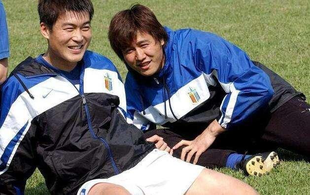 """他扑出最珍贵点球助国足打入世界杯 却在""""假赌黑""""的紧逼下无奈失守"""