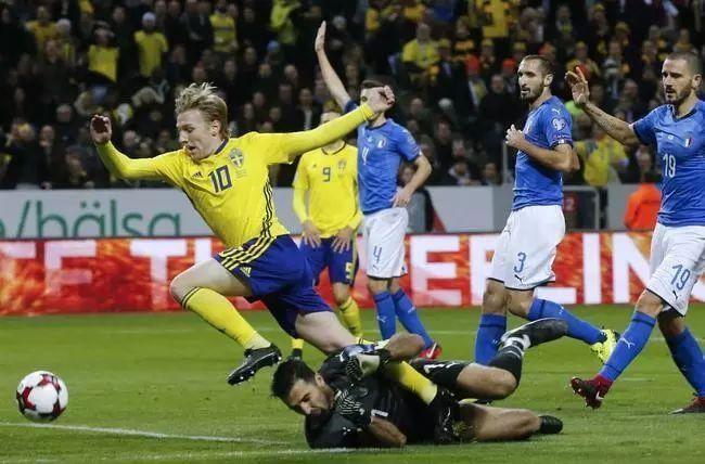 """几乎每届大赛前""""意大利很弱""""的错觉终于成真了?每隔12年必进世界杯决赛 而这一次..."""