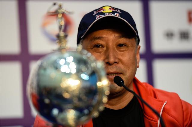 他被国羽教头排挤出国 率领韩国队终结中国连冠 造就林丹一生之敌