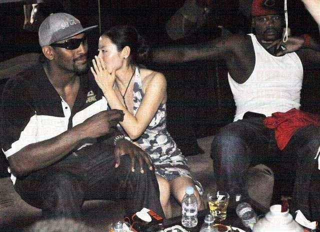 和黑人球员生活感觉都很幸福?这位中国姑娘苦不堪言回国无人想追