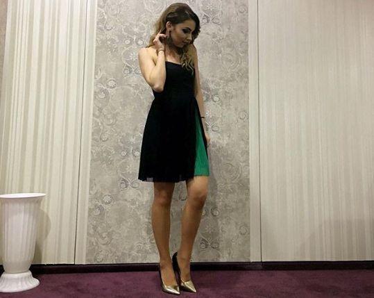 【美女】穿着吊带打乒乓!乒坛第一美女何许人也?