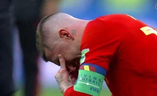 梦碎!32 岁拉莫斯蹲地洒下英雄泪