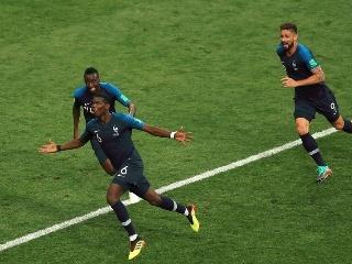 法国4-2克罗地亚时隔20年重夺世界杯冠军