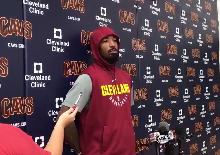 JR:我爹告诉我拿球就投 别冒失误的风险